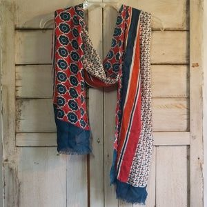 Coldwater Creek Light Weight scarf